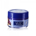 VLCC Natural Lip Shield SPF 10 Passion Fruit